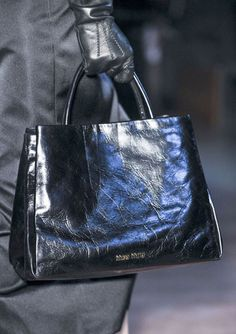205 Best b a g images   Beige tote bags, Fashion bags, Fashion handbags 6362fa4d53f