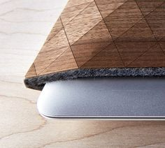 Protect your tech with the Geometric Wood Sleeves by Grovemade. These handcrafted wood veneer sleeves make for the perfect Macbook air and iPad protector. There's no shortage of sleeves on th… Macbook Sleeve, Ipad Sleeve, Geometric Sleeve, Wood Veneer, Wood Design, Fabric Design, Textures Patterns, Industrial Design, Gadgets