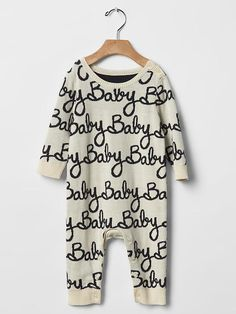 Find the latest styles in the baby girl one pieces sale at Gap. Our wide selection of baby girl one pieces sale includes printed bow romper, striped hooded terry bubble, hibiscus hooded bubble and embroidered denim romper. Baby Girl Fashion, Kids Fashion, Baby Girl Pajamas, Baby Girl One Pieces, Baby Bundles, Cute Outfits For Kids, Baby Gap, Future Baby, Baby Love