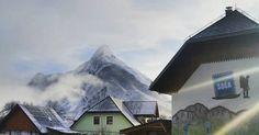 Good snowy morning folks . #Bovec #soca #socavalley #slovenia #hostel #hostellife #julianalps #mountainview Julian Alps, Adventure Activities, Mountain View, Slovenia, Hostel, Mount Everest, Chill, Mountains, Places