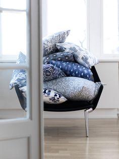mes caprices belges: decoración , interiorismo y restauración de muebles: AZUL / BLUE LO BJURULF