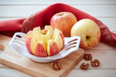 Sliced apples are packed with nutrients and also help give #teeth a scrub as you chew.