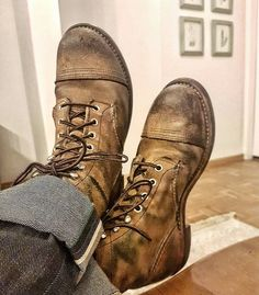 Denim: mixed selvage white selvage lefthand twill and green selvage righthand twill Boots: Ironranger 8113 . Red Wing Heritage Boots, Red Wing Boots, Red Wing 8113, Red Wing Iron Ranger, Mens Boots Fashion, Mens Attire, Mens Style Guide, Shoe Company, Leather Shoes