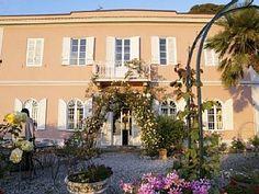 Villa per 14 persone, 5 camere da letto Case vacanze in Livorno da @homeawayitalia