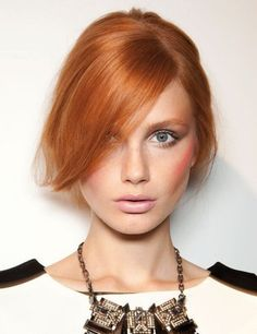 nice Make up for women who have red hair: a practical guide and 15 photos for you! //  #guide #Hair #Photos #practical #Women