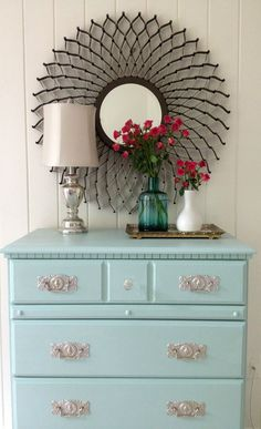 How to paint laminate furniture in 3 easy steps! LOVE this! Perfect aqua color.