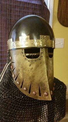 Knight for Viking Pieces century Italino-norman duck bill helm. Medieval Knight, Medieval Armor, Medieval Fantasy, Norman Knight, Medieval Helmets, Early Middle Ages, Knight Armor, Fantasy Armor, Body Armor