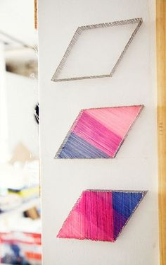 Dekoration für die Wände mit Nägeln und bunten Fäden: want to try this!