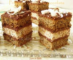 Cake with walnuts and chocolate My Recipes, Dessert Recipes, Cooking Recipes, Romanian Food, Romanian Recipes, The Dish, Cakes And More, Nutella, Tiramisu