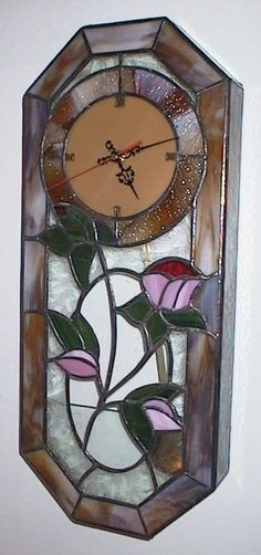 Study clock Modern Stained Glass, Stained Glass Paint, Stained Glass Flowers, Stained Glass Designs, Stained Glass Projects, Stained Glass Patterns, Etched Glass Windows, Beveled Glass, Tiffany