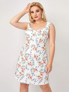 Plus Sweetheart Neck Allover Floral Print Dress | SHEIN USA Summer Vacation Outfits, Dress P, Plus Size Dresses, Floral Prints, Casual, Usa, Fashion, Moda, Floral Patterns