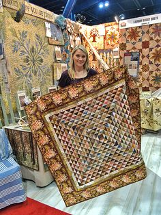 Friendship quilt by Edyta Sitar laundry basket quilts