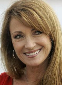 Actresses With Black Hair, Red Haired Actresses, Blonde Color, Hair Color, Beauty Secrets, Beauty Hacks, Jane Seymour, Healthy People 2020, Famous Women