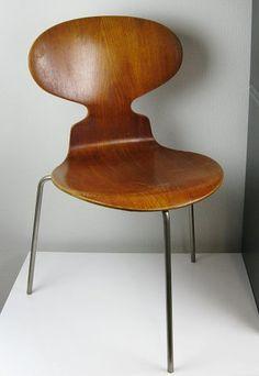 Fritz Hansen - Ant™ by Arne Jacobsen. Danish Furniture, Dream Furniture, Classic Furniture, Furniture Styles, Modern Furniture, Arne Jacobsen Chair, Ant Chair, Vintage Furniture Design, Home Decor Quotes