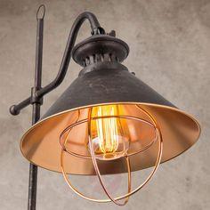 Rustic pendant lamp Shanta, one-bulb Design Rustique, Rustic Design, Vintage Light Bulbs, Vintage Lighting, Vintage Stil, Vintage Table, Watts Up, Copper Interior, Modern Garage