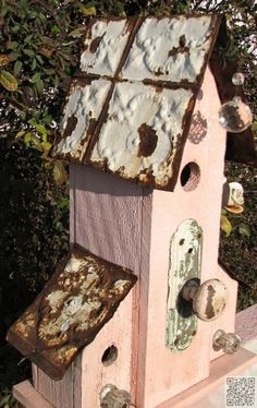 26. Pink and #Rusty Birdhouse - 62 Absolutely #Fantastic Birdhouses to Make Your…