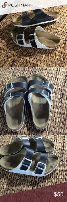 82c0a5feb84415 🔥Black and White Birkenstock SandalsSize 43 These are very clean with some  signs of wear