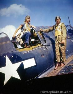 Vintage Aircraft Naval Archive Pictures from the Navy Color Slide Collection of World War II… Us Navy Aircraft, Ww2 Aircraft, Aircraft Carrier, Military Aircraft, Fighter Pilot, Fighter Jets, Image Avion, Black Sheep Squadron, Photo Avion