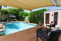 Pool Canopy, Sail Canopies, Pool Shade, Backyard Shade, Best Patio Umbrella, Patio Umbrellas, Porches, Outdoor Projects, Outdoor Decor