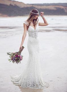 Bröllopsklänningar - $190.97 - Trumpet/Sjöjungfru V-ringning Sweep släp Spetsar Bröllopsklänning med Pärlbrodering Rosett/-er (0025060356)