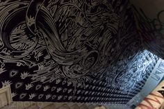 Cool living art graffiti show in New York in a soon-to-be demolished building.