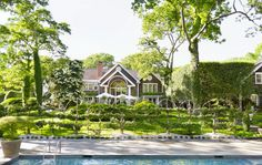 Charlotte Moss's East Hampton Spec House and Formal Gardens in Gardenista Moss Garden, Green Garden, Potager Garden, Formal Gardens, In Ground Pools, Garden Gates, Back Gardens, Garden Inspiration, Gardens