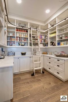 Incredible Kitchen Pantry Design Ideas To Optimize Your Small Space 30 Home Decor Kitchen, New Kitchen, Pantry Design, House Interior, Home Kitchens, Kitchen Design, Kitchen Remodel, Kitchen Pantry Design, Dream Pantry