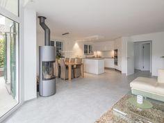 2017 Sanierung EFH Table, Furniture, Home Decor, Projects, Interior Design, Home Interior Design, Desk, Tabletop, Arredamento