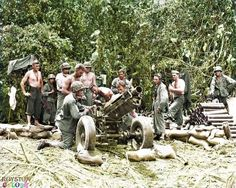 Dec 43 Torokina Boganville Howitzer H battery battalion Us marine regiment Nagasaki, Hiroshima, Battle Of Peleliu, Colorized Photos, Ww2 Photos, Iwo Jima, New Britain, Us Marines, Military Photos