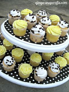 Ginger Snap Crafts: diy cupcake stand {tutorial}