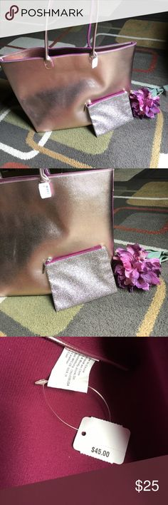 "Bath & Body works tote bag🌺 NWT🌺 metallic shimmer blush color tote with small glitter style make up bag🌺 inside color deep pink 🌺Silver hardware🌺tote has zip closure🌺 measures approx W19.5"" X H 13"" X D 5.5"" 🌺handle drop is 10.5"" 🌺 Bath & Body works Bags Totes"