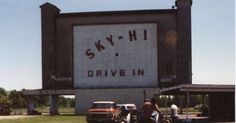 Sky-Hi drive in. I remember going to see movies here, back when you could fit at least 2 maybe 4 people in the trunk. Rt Lowellville, Oh just outside Youngstown. Ohio Amusement Parks, Boardman Ohio, Mill Creek Park, Missing Home, Youngstown Ohio, See Movie, Great Western, Old Pictures, Wonderful Places