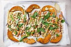An easy one-pan dinner recipe with Roast Pumpkin, Carrots and Chickpeas Ingredients 1 can chickpeas, drained and rinsed pumpkin carrots 1 tbsp olive oil mint leaves, torn […] One Pan Dinner Recipes, One Pan Meals, Lunch Recipes, Healthy Recipes, Main Meals, Healthy Foods, Free Recipes, Vegetarian Recipes, Chickpea Recipes