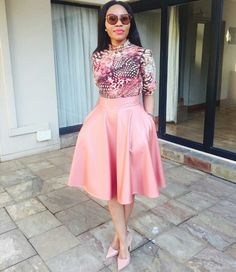 I looooove her Mrs Gigaba looking too Fab African Dresses For Women, African Print Dresses, African Wear, African Fashion Dresses, African Women, Fashion Outfits, Womens Fashion, Chic Dress, Dress Up
