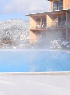 Beheizter Infinity-Außenpool des Hotel Molzbachhof ****. #molzbachhof #entspannung #wellness #hotelmolzbachhof