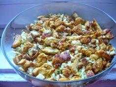 KUCHNIA DANUSI: Sałatka z kurczakiem i grzankami