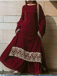 Party Wear Indian Dresses, Pakistani Fashion Party Wear, Pakistani Wedding Outfits, Designer Party Wear Dresses, Pakistani Dresses Casual, Indian Gowns Dresses, Indian Bridal Outfits, Dress Indian Style, Indian Fashion Dresses