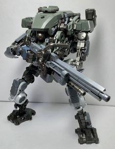 Powered Exoskeleton, Male Pose Reference, I Robot, Robot Concept Art, Robot Design, Custom Action Figures, Male Poses, Space Marine, Plastic Models