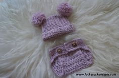 Pompom hat and diaper cover