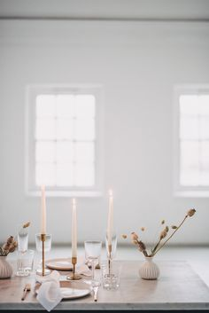 Minimal Elegant Bridal Inspiration Shoot With Ikebana Inspired Floral Arrangements By Kitten Grayson // Planned & Styled By Anemone Style // Images Genevieve Wedding Photography