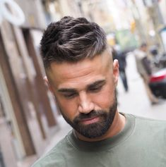 Fade haircuts for men are still some of the most popular men's haircuts to get. Check out these brand new fresh men's fade haircut styles! Best Fade Haircuts, Fade Haircut Styles, Cool Hairstyles For Men, Cool Haircuts, Hair And Beard Styles, Hairstyles Haircuts, Haircuts For Men, Curly Hair Styles, Medium Hairstyles