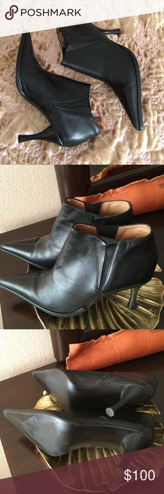 Zara Booties Only worn once, in great condition. Zara genuine leather booties. Zara Shoes Ankle Boots & Booties