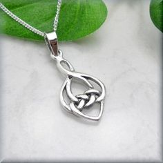 Celtic Love Knot Necklace Irish Jewelry Heart Sterling Silver At first glance, this is a lovely little Irish Celtic knot necklace. Look closer - the Heart Jewelry, Jewelry Necklaces, Chain Jewelry, Necklace Chain, Glass Jewelry, Jewelry Box, Jewelry Making, Pendant Necklace, Sterling Silver Necklaces