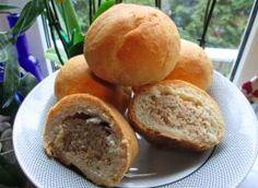 Przepisy kulinarne na Smaker.pl Hamburger, Bread, Food, Hamburgers, Breads, Hoods, Meals, Bakeries, Burgers