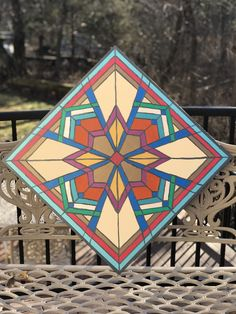 Barn Quilt Designs, Barn Quilt Patterns, Quilting Designs, Carved Wood Wall Art, Wood Art, Indoor Crafts, Painted Barn Quilts, Barn Signs, Wooden Wall Panels