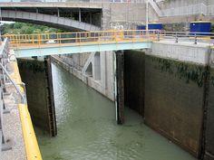 Lock at Eire Canal Lockport NY 1471