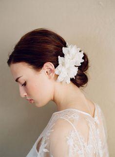 myrakimによるブライダル絹の花シルクの花のペアミディアムスタイル