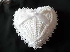 W039 Crochet PATTERN ONLY Double Wedding Ring Bearer Pillow Pattern