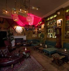 Mr Fogg's bar, Mayfair