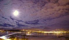 A bright moon over Tromsøya